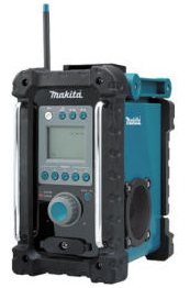 Durable jobsite radio from Makita