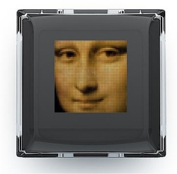 Example display key of the Optimus Maximus keyboard, showing a picture of the Mona Lisa