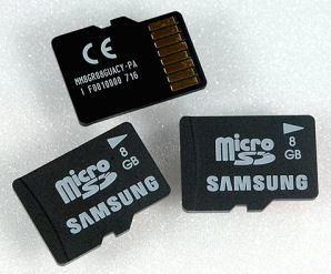 Samsung releases 8GB MicroSD card