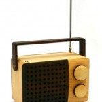 Magno Radio Made out of Wood