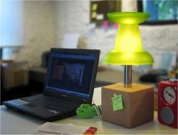 Push pin desk lamp