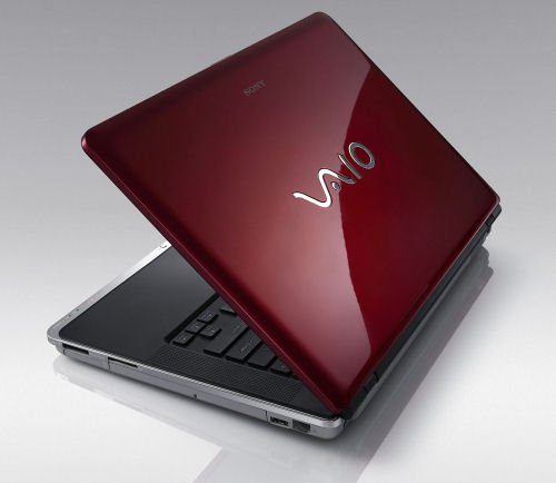 Sony VAIO CR Series notebooks come in new bold colors