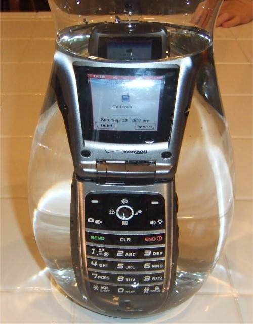 Casio G'zOne Type-S mobile phone receiving a call underwater