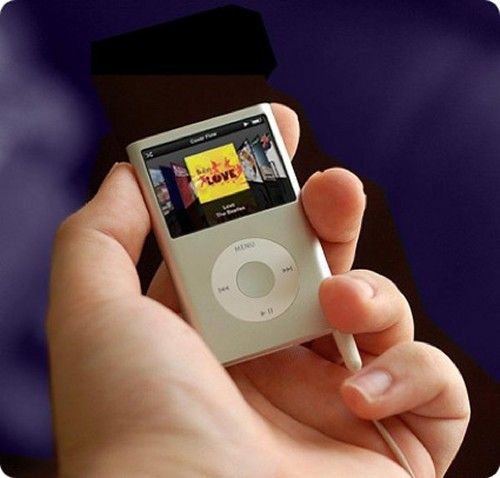 "New ""fatter"" looking iPod Nano video"
