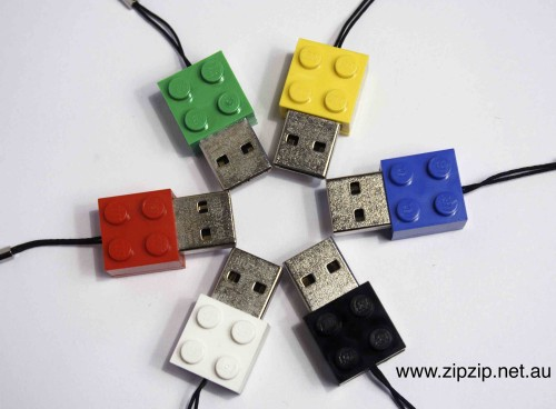 Zip Zip Memory Brick is a 1GB Flash memory USB Drive inside a plastic lego-type brick