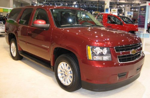 Chevrolet Tahoe Hybrid named 2008 green car of the year