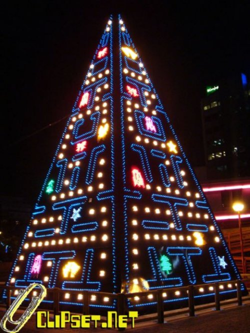 Pac-Man Christmas tree