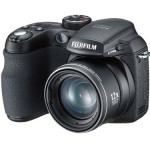 New small Fujifilm shooter does 12x optical zoom