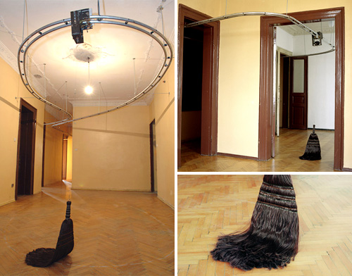 Ceiling track broom is useless but cool