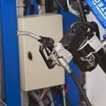 Tankpitstop robot arm fills motorist's tanks