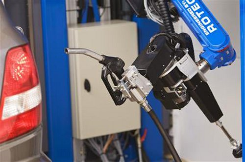 Tankpitstop robot arm