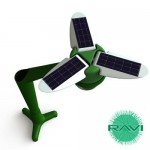 Ravi solar charger looks like an alien flower