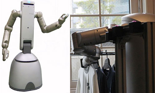 Robot helps sort your laundry