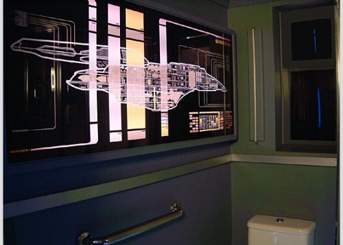 Star Trek Voyager themed apartment - Bathroom