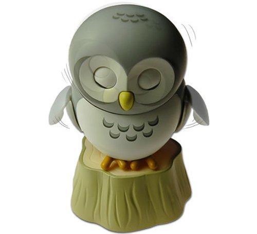 USB Owl is a strange desk pet