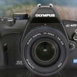 Olympus debuts small 10-megapixel DSLR