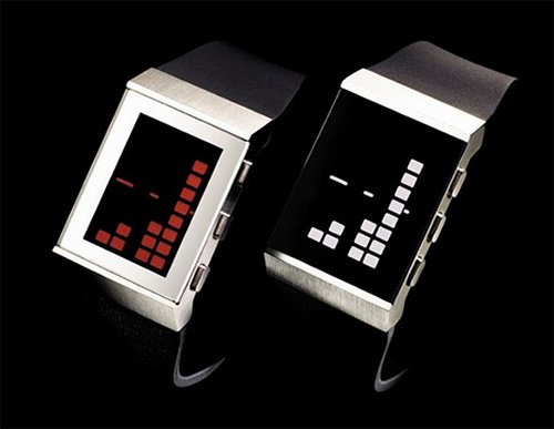 NEO 8 watch makes time retro