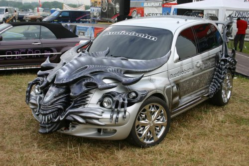 Russian Alien car is looking for Ripley