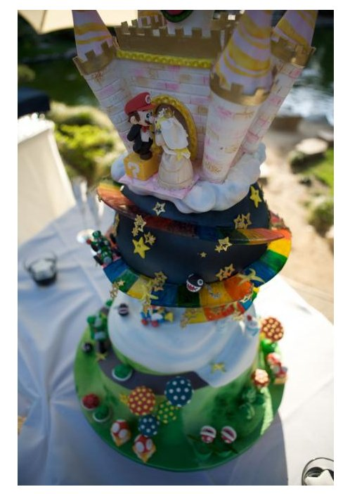 Super Mario wedding cake is a work of art