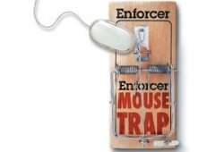 Mousetrap Mousepad keeps hands off your mouse