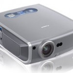 Canon announces REALiS WUX10 LCOS projector