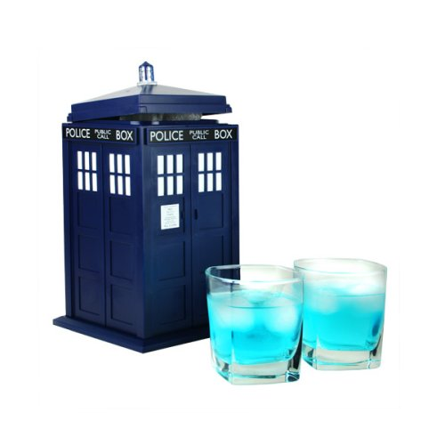 Doctor Who Tardis ice bucket helps keep drinks cold
