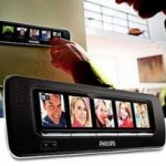 Philips alarm clock with LCD digital photo displays