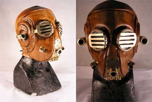 Steampunk gas mask for an awesome and creepy Halloween