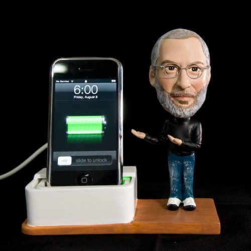 Steve Jobs bobblehead iPhone dock: Steve is watching you
