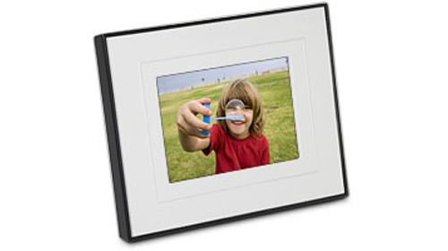 Kodak Digital Photo Frame Offers Interactive Border Slipperybrick