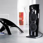 Jamo jams with R 907 tower speaker