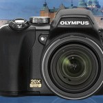 Olympus SP-565 UZ offers 20x wide-angle zoom lens
