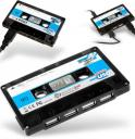 Cassette Tape USB Hub keeps your desk retro