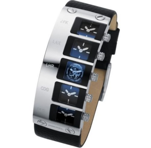 Diesel 5-face watch for travelers