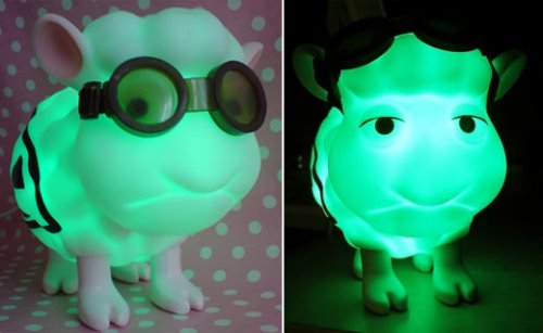 Radioactive usb sheep, with goggles