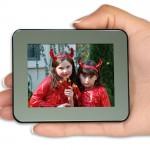 Smartparts unveils portable digital photo frames
