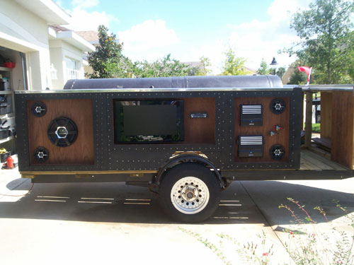 Man Builds World S Sweetest Tailgate Party Trailer