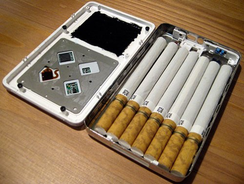 iPod Cigarette Case for smokin' tunes