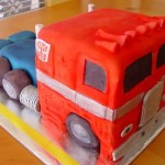 25 Awesome Geek cakes