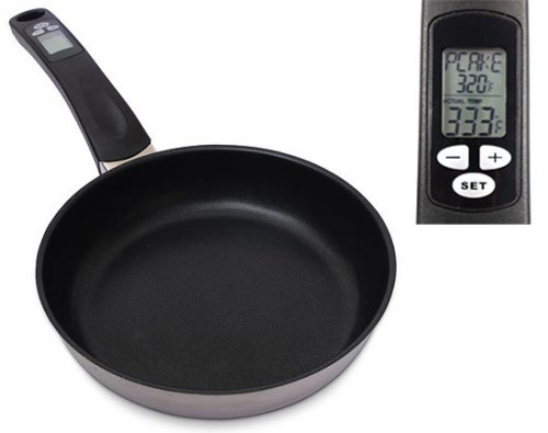 Digital Thermometer Pan makes for perfect pancakes