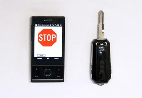 Car key stops teenagers from using mobile phones while driving
