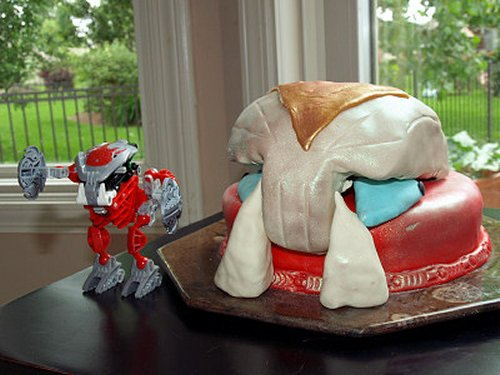 Bionicle cake