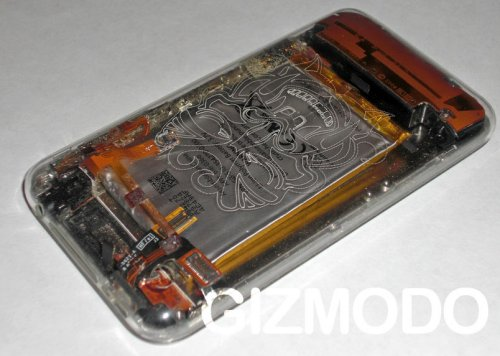 Clear iPhone case makes your 3G naked