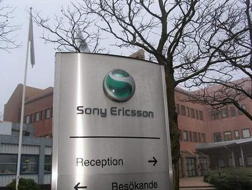 Guy steals prototype phones from Sony Ericsson