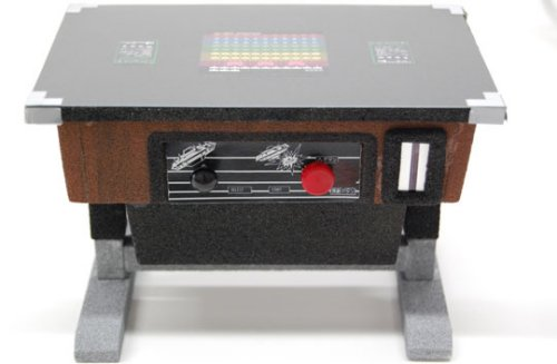 Space Invaders retro tabletop game bank