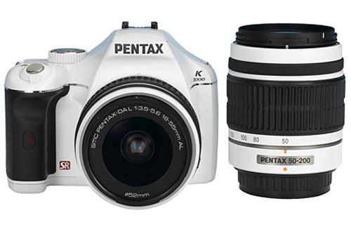 Pentax K2000 in White