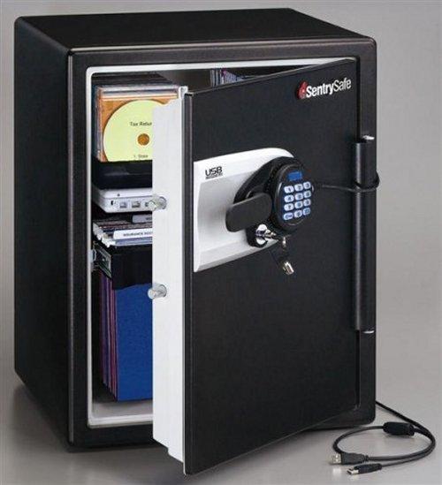 Waterproof and fireproof USB SentrySafe