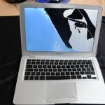 MacBook Air survives plane crash