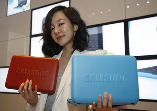 Samsung N310 3G mini netbook