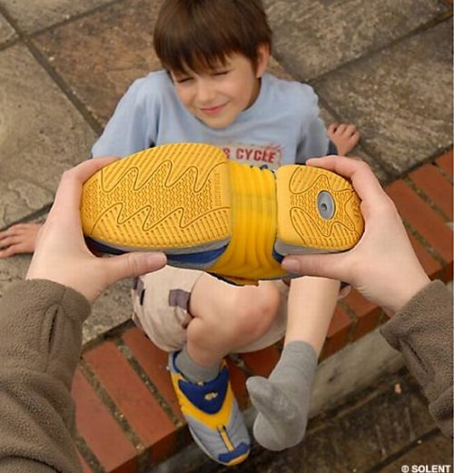 INCHworm shoe grows with your feet